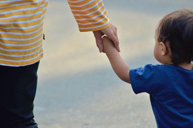 Kenali Mitos Ibu Menyusui Yang Dipercaya Masyarakat