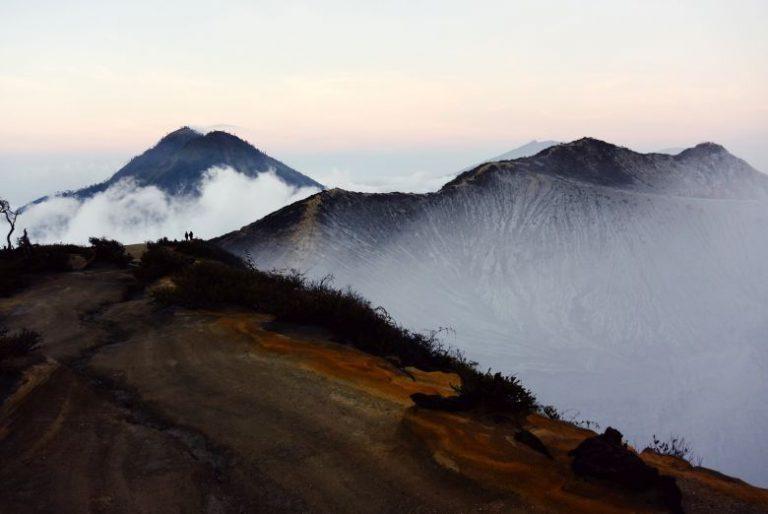 Menjelajah Keindahan Panorama Gunung Merbabu