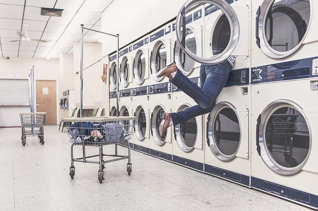Pelajari Cara Mencuci Baju dengan Mesin Cuci Secara Benar